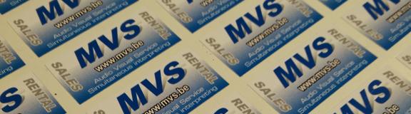 MVS herkent u voortaan aan het nieuwe logo #Nieuwe stickers #de nieuwe kleuren op de kabelbakken #Merchandising